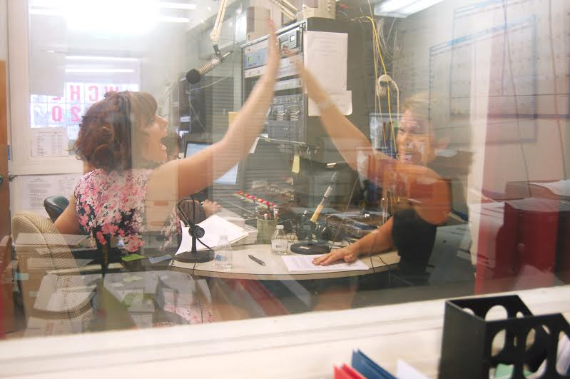 lauren-and-tracie-wrap-up-with-high-five_orig